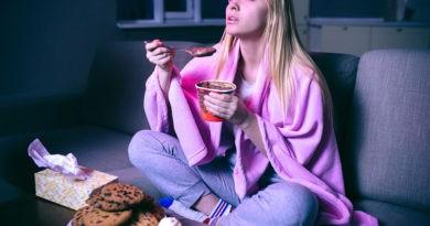 Hábitos nocturnos que te hacen engordar