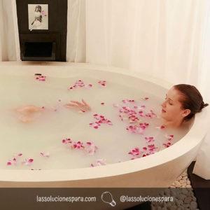Disfrutar De Un Baño Relajante